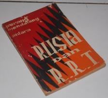 B3S-2012-08-16-PENAWARAN KHUSUS Politik-Harrison E. Salisburry-Perang Mendatang antara Rusia dan RRT1