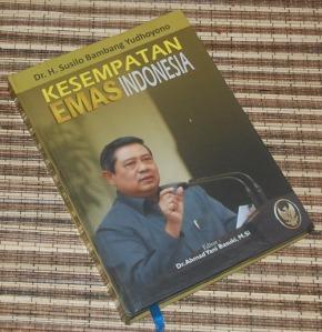 B3S-2012-12-02-PENAWARAN KHUSUS Politik-Susilo Bambang Yudhoyono-Kesempatan Emas Indonesia