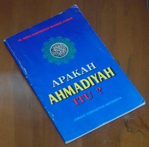 B3S-2012-12-14-PENAWARAN KHUSUS-Religiositas-Mirza Bashiruddin Mahmud Ahmad-Apakah Ahmadiah Itu 1999