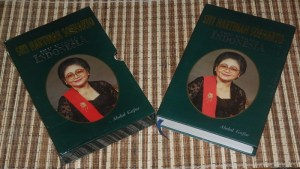B3-2013-01-18-BIOGRAFI-Abdul Gafur-Siti Hartinah Soeharto, Ibu Utama Indonesia
