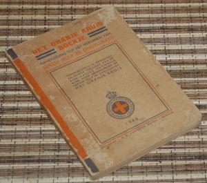 BS-2013-01-10-KESEHATAN-Koninklijke Nationale Bond-Het Oranje Kruis-Boekje