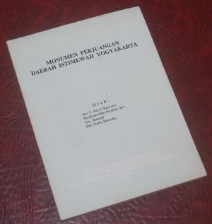 B3-2013-02-26-SEJARAH-P. Suryo Haryono dkk-Monumen Perjuangan Daerah Istimewa Yogyakarta