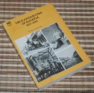 B3-2013-03-06-SEJARAH-Mona Lohanda-The Kapitan Cina of Batavia, C1 bercak1