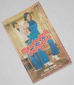 B3-2013-03-12-NOVEL-Ninit Yunita-Mendadak Dangdut