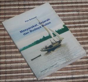 B3-2013-04-12-ANTROPOLOGI-Pim Schoorl-Masyarakat, Sejarah, dan Budaya Buton