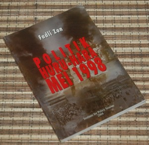 B3-2013-04-14-POLITIK-Fadli Zon-Politik Huru-Hara Mei 1998