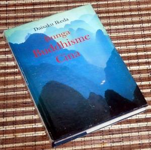 B3-2013-05-22-RELIGIOSITAS-Daisaku Ikeda-Bunga Buddhisme Cina2