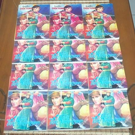 B3-2013-05-24-CERITA SILAT-Chin Yung-Kaki Tiga Manjangan, 3 Buku3