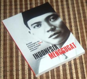 B3-2013-06-04-POLITIK-Soekarno-Indonesia Menggugat