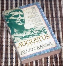 Allan Massie: Augustus