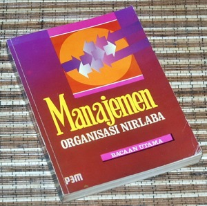 The Manitoba Institute of Management Inc.: Manajemen Organisasi Nirlaba (Bacaan Utama)