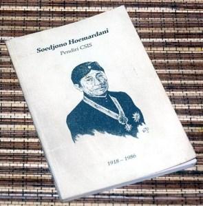 Harry Tjan Silalahi dkk.: Soedjono Hoemardani