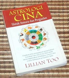Lillian Too: Astrologi Cina Untuk Asmara dan Pergaulan