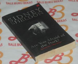 Sidney Sheldon: Apakah Kau Takut Gelap?