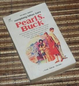 Pearl S. Buck: Menjelang Tahun Baru, Cetakan I