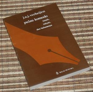 J.A.J. Verheijen: Pulau Komodo: Tanah, Rakyat, dan Bahasanya