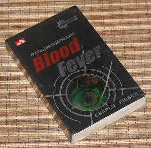 Charlie Higson: Petualangan James Bond: Blood Fever