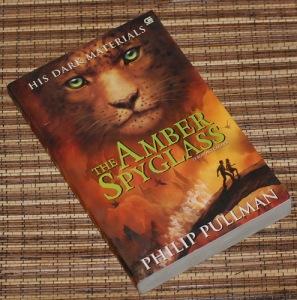 Philip Pullman: Teropong Cahaya