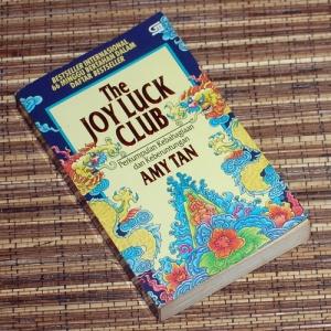 Amy Tan: Perkumpulan Kebahagiaan dan Keberuntungan