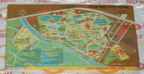 Zoo Berlin mit Aquarium, English Edition: Guide Book to the Zoological Gardens of Berlin